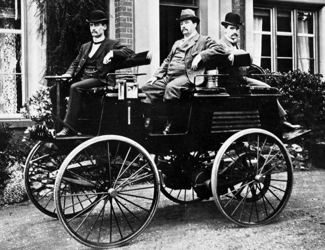 EV đầu tiên ra đời từ 1828