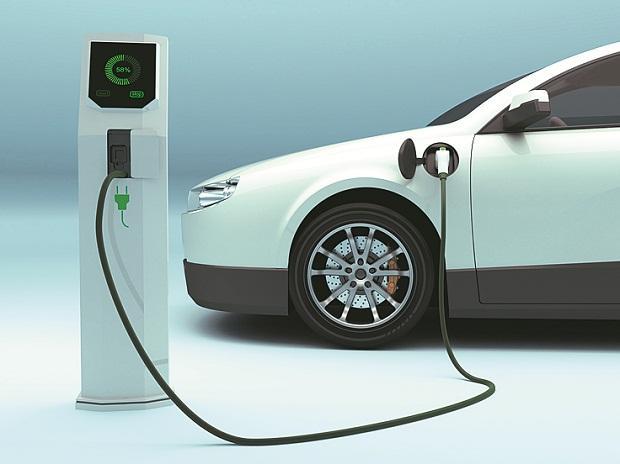 Xe ô tô điện và trạm sạc